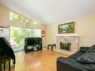 Photo 2: 5322 SHERBROOKE Street in Vancouver: Knight House for sale (Vancouver East)  : MLS®# R2588172