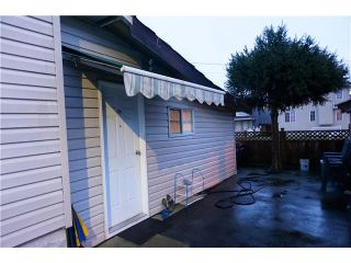 """Photo 2: 7677 KINGSWAY Avenue in Burnaby: Edmonds BE Townhouse for sale in """"Strata NW 25"""" (Burnaby East)  : MLS®# V1099901"""