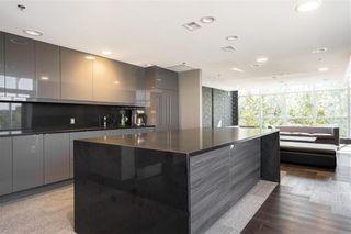 Photo 19: 806 390 Assiniboine Avenue in Winnipeg: Downtown Condominium for sale (9A)  : MLS®# 202122795
