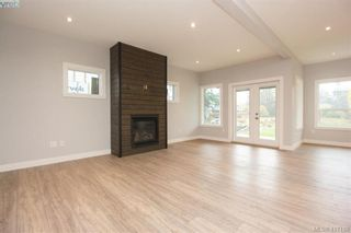Photo 6: 1037 Sandalwood Crt in VICTORIA: La Luxton House for sale (Langford)  : MLS®# 827604