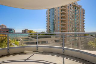 Photo 11: 804 719 PRINCESS STREET in New Westminster: Uptown NW Condo for sale : MLS®# R2205033