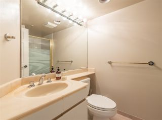 """Photo 19: 501 888 HAMILTON Street in Vancouver: Downtown VW Condo for sale in """"ROSEDALE GARDEN"""" (Vancouver West)  : MLS®# R2518975"""