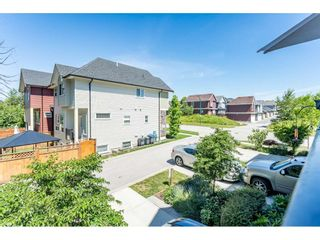 """Photo 19: 2 6677 192 Diversion in Surrey: Clayton Townhouse for sale in """"Clayton Cove"""" (Cloverdale)  : MLS®# R2432937"""
