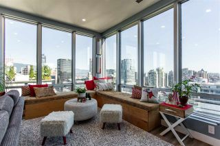 "Photo 7: 1811 989 NELSON Street in Vancouver: Downtown VW Condo for sale in ""ELECTRA"" (Vancouver West)  : MLS®# R2513280"