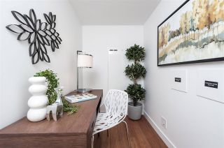 """Photo 6: 2306 777 RICHARDS Street in Vancouver: Downtown VW Condo for sale in """"TELUS GARDEN"""" (Vancouver West)  : MLS®# R2512538"""