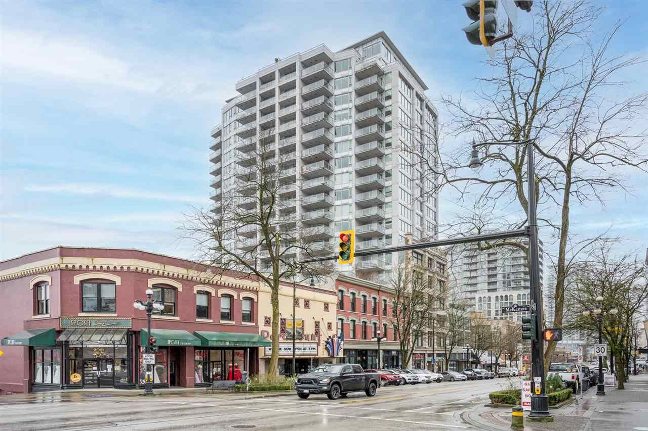 "Main Photo: 1604 668 COLUMBIA Street in New Westminster: Quay Condo for sale in ""TRAPP & HOLBROOK"" : MLS®# R2541245"
