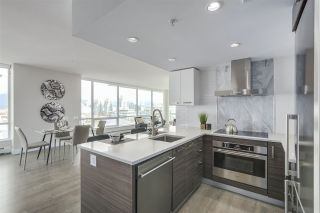 "Photo 9: 1603 1783 MANITOBA Street in Vancouver: False Creek Condo for sale in ""The West"" (Vancouver West)  : MLS®# R2308129"