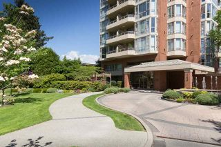 """Photo 1: 402 160 W KEITH Road in North Vancouver: Central Lonsdale Condo for sale in """"Victoria Park West"""" : MLS®# R2069729"""