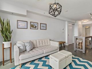 """Photo 3: 605 231 E PENDER Street in Vancouver: Strathcona Condo for sale in """"FRAMEWORK"""" (Vancouver East)  : MLS®# R2525315"""