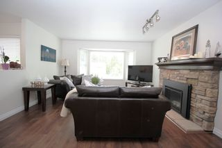 """Photo 3: 9226 210 Street in Langley: Walnut Grove House for sale in """"Country Grove Estates"""" : MLS®# R2385901"""