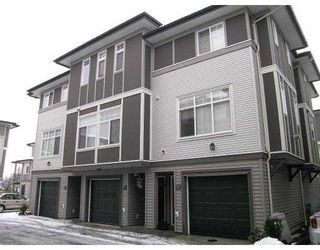 """Photo 1: 1010 EWEN Ave in New Westminster: Queensborough Townhouse for sale in """"WINDSOR MEWS"""" : MLS®# V626135"""
