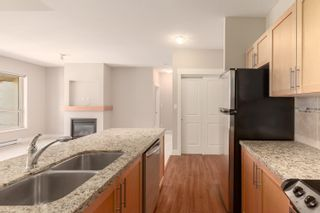 """Photo 12: 603 1211 VILLAGE GREEN Way in Squamish: Downtown SQ Condo for sale in """"ROCKCLIFF"""" : MLS®# R2573545"""