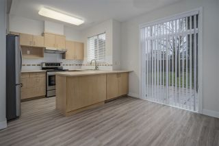"""Photo 4: 18 6465 184A Street in Surrey: Clayton Townhouse for sale in """"ROSEBURY LANE"""" (Cloverdale)  : MLS®# R2533257"""