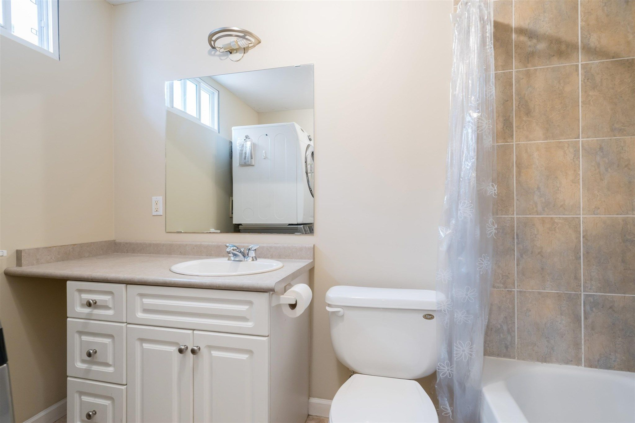 Photo 30: Photos: 412 FIFTH STREET in New Westminster: Queens Park House for sale : MLS®# R2594885