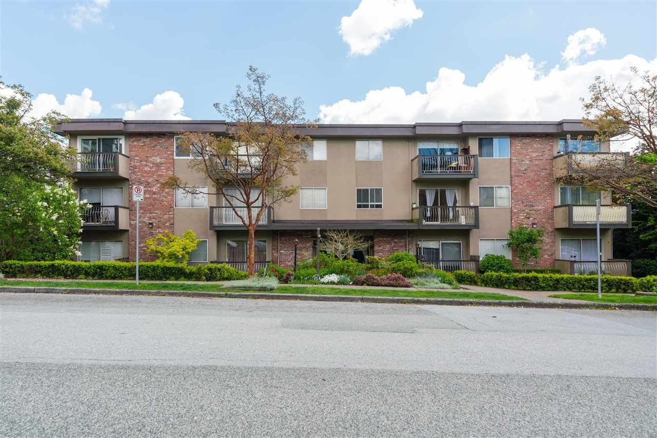 """Main Photo: 204 610 THIRD Avenue in New Westminster: Uptown NW Condo for sale in """"JAE MAR COURT"""" : MLS®# R2576817"""