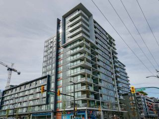 """Photo 1: 221 1783 MANITOBA Street in Vancouver: False Creek Condo for sale in """"Residences at West"""" (Vancouver West)  : MLS®# R2055907"""