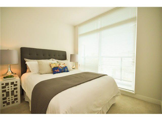 """Photo 6: Photos: 207 5568 KINGS Road in Vancouver: University VW Townhouse for sale in """"GALLERIA"""" (Vancouver West)  : MLS®# V1087874"""