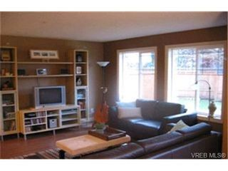 Photo 3:  in VICTORIA: VR Six Mile Row/Townhouse for sale (View Royal)  : MLS®# 420891