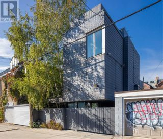 Main Photo: 54 CROFT ST in Toronto: House for sale : MLS®# C5406378