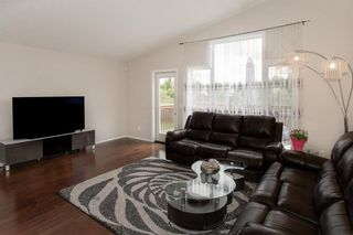 Photo 11: 27 Switch Grass Cove in Winnipeg: South Pointe Residential for sale (1R)  : MLS®# 202022891
