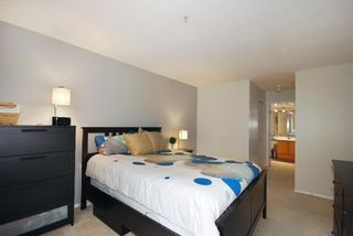 """Photo 8: 203A 2615 JANE Street in Port Coquitlam: Central Pt Coquitlam Condo for sale in """"BURLEIGH GREEN"""" : MLS®# R2090687"""