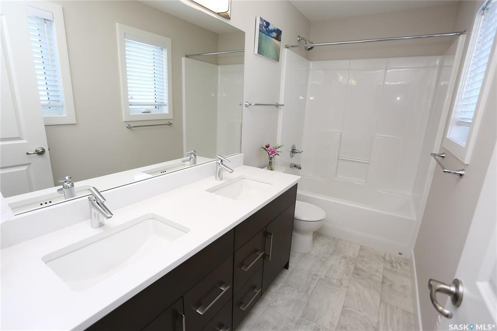 Photo 32: Photos: 230 Warder Cove in Saskatoon: Stonebridge Residential for sale : MLS®# SK843187