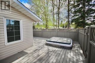 Photo 29: 102 Thompson Place in Hinton: House for sale : MLS®# A1047125
