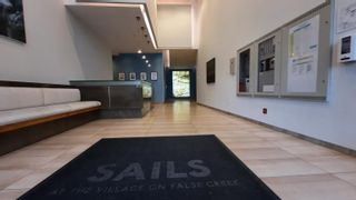 """Photo 3: 805 1661 ONTARIO Street in Vancouver: False Creek Condo for sale in """"SAILS"""" (Vancouver West)  : MLS®# R2615657"""