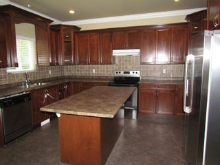 """Photo 4: 45941 WEEDEN DR in CHILLIWACK: Vedder S Watson-Promontory House for rent in """"PROMONTORY"""" (Sardis)"""