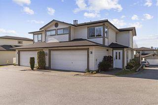 "Photo 1: 15 20881 87 Avenue in Langley: Walnut Grove Townhouse for sale in ""Kew Gardens"" : MLS®# R2568856"
