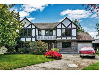 Main Photo: 8560 ROSEMARY Avenue in Richmond: South Arm House for sale : MLS®# R2578181