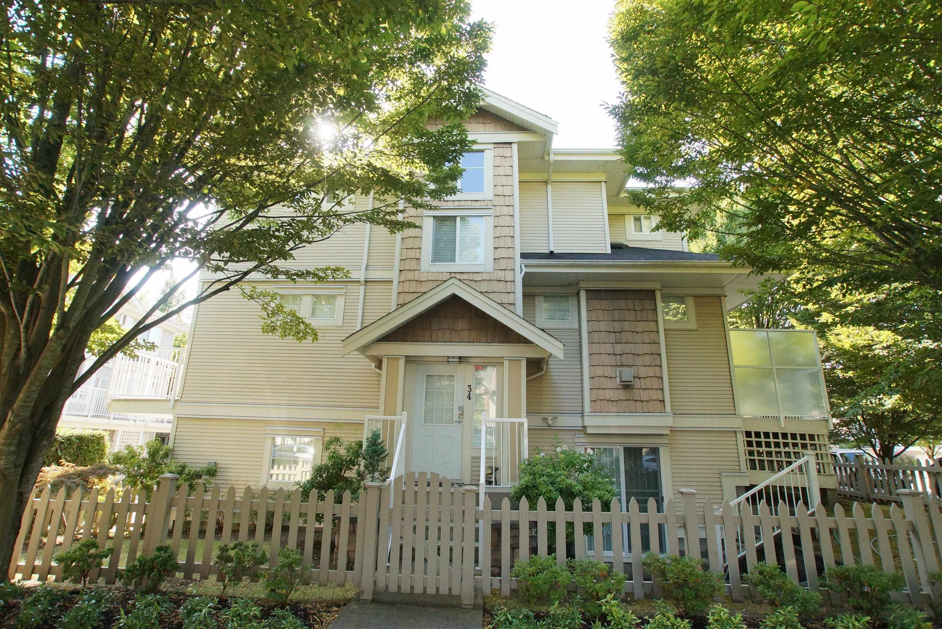 """Main Photo: 34 9088 JONES Road in Richmond: McLennan North Townhouse for sale in """"PAVILIONS"""" : MLS®# R2610018"""
