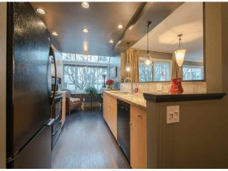 "Photo 3: 306 1280 FIR Street: White Rock Condo for sale in ""OCEANA VILLA"" (South Surrey White Rock)  : MLS®# F1429078"