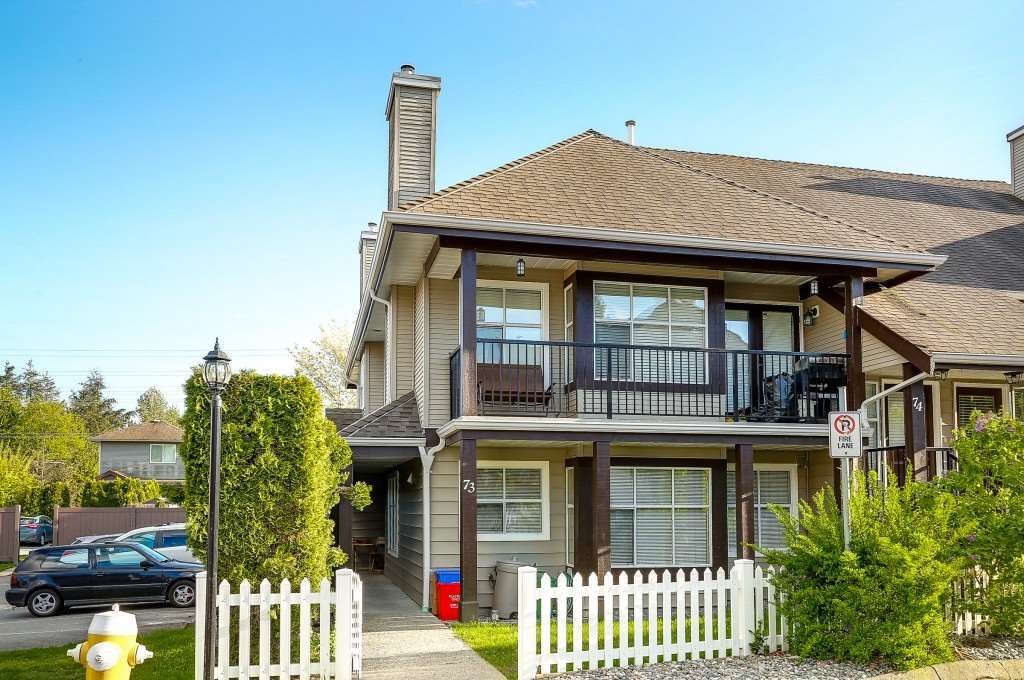 """Main Photo: 73 12099 237 Street in Maple Ridge: East Central Townhouse for sale in """"GABRIOLA"""" : MLS®# R2163095"""