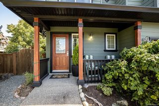 Photo 2: 950 Thrush Pl in Langford: La Happy Valley House for sale : MLS®# 845123