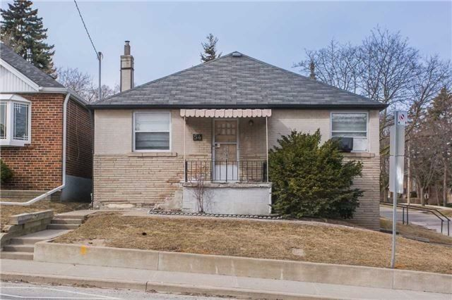 Main Photo: 54 Stephen Drive in Toronto: Stonegate-Queensway House (Bungalow) for sale (Toronto W07)  : MLS®# W4686326