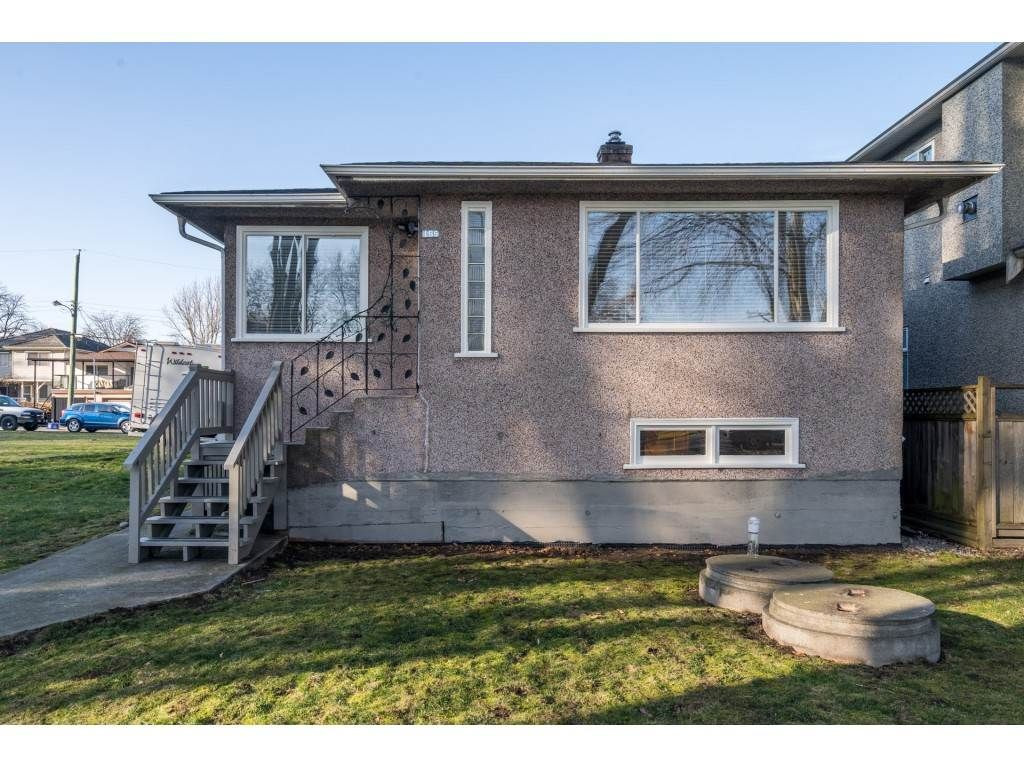 Main Photo: 165 E 40TH Avenue in Vancouver: Main House for sale (Vancouver East)  : MLS®# R2559658