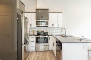 Photo 5: 10332 159 Street in Edmonton: Zone 21 House Half Duplex for sale : MLS®# E4239097