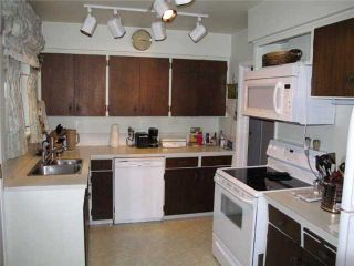 Photo 4: 555 GARFIELD Street in New Westminster: The Heights NW House for sale : MLS®# V976376