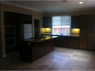 Photo 10: EAST ESCONDIDO House for sale : 3 bedrooms : 273 Oak Valley in Escondido