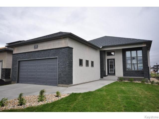 Main Photo: 59 Dennis Lindsay Road in Winnipeg: Single Family Detached for sale (Harbour View South)  : MLS®# 1215786