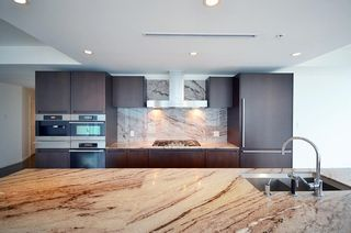 Photo 4: 3305 1011 W CORDOVA STREET in Vancouver: Coal Harbour Condo for sale (Vancouver West)  : MLS®# R2003237