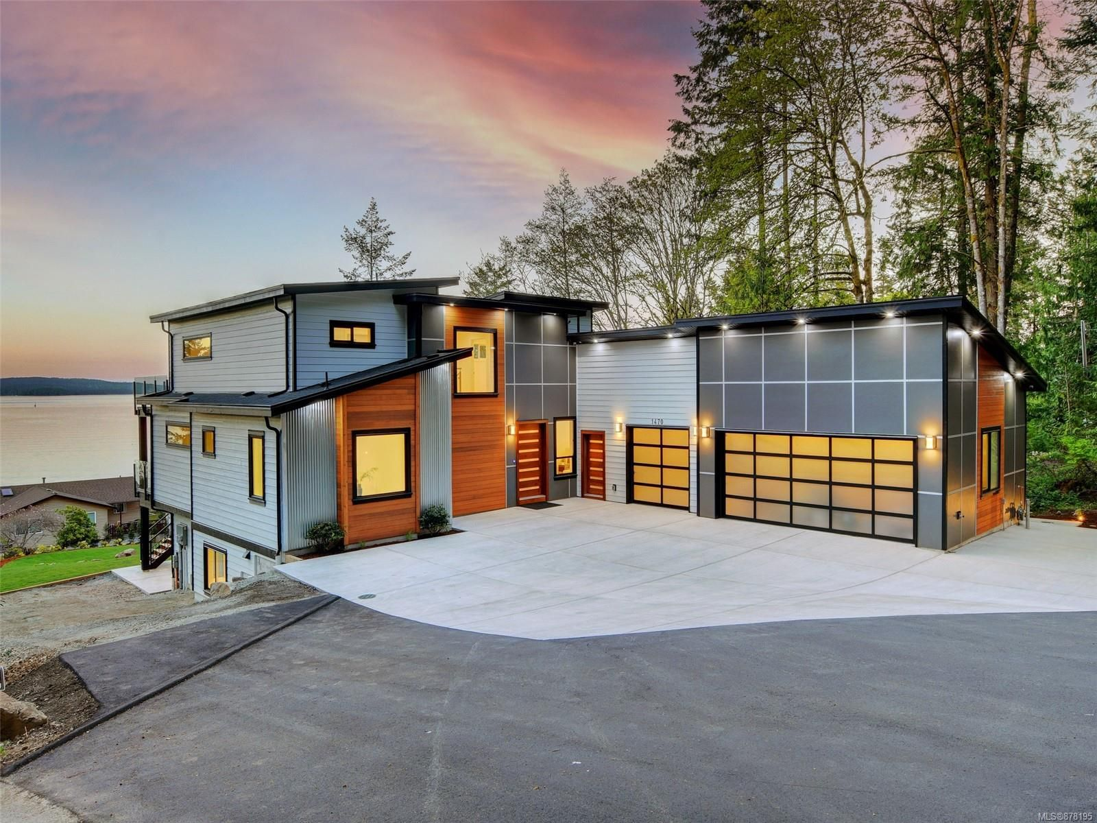 Main Photo: 1470 Lands End Rd in : NS Lands End House for sale (North Saanich)  : MLS®# 878195