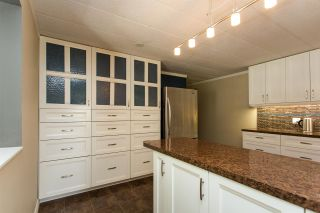 """Photo 7: 213 3665 244 Street in Langley: Aldergrove Langley Manufactured Home for sale in """"Langley Grove Estates"""" : MLS®# R2420727"""