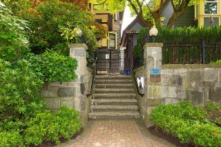 """Photo 30: PH1 380 W 10TH Avenue in Vancouver: Mount Pleasant VW Townhouse for sale in """"Turnbull's Watch"""" (Vancouver West)  : MLS®# R2603176"""