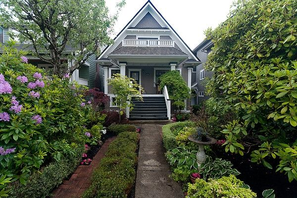 Photo 11: Photos: 3668 W 2ND Avenue in Vancouver: Kitsilano House for sale (Vancouver West)  : MLS®# V894204