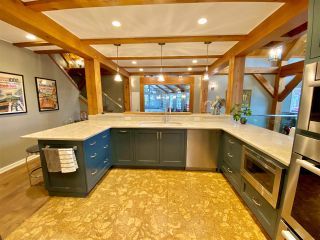 """Photo 14: 16205 GISCOME Road in Prince George: Tabor Lake House for sale in """"TABOR LAKE"""" (PG Rural East (Zone 80))  : MLS®# R2514064"""