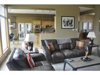 Photo 5: 12 OAKMONT Crescent in HEADINGLEY: Headingley South Residential for sale (South Winnipeg)  : MLS®# 1318121