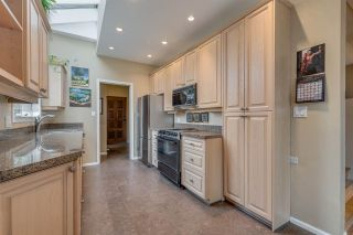 Photo 7: 1967 CEDAR VILLAGE Crescent in North Vancouver: Westlynn Townhouse for sale : MLS®# R2355818