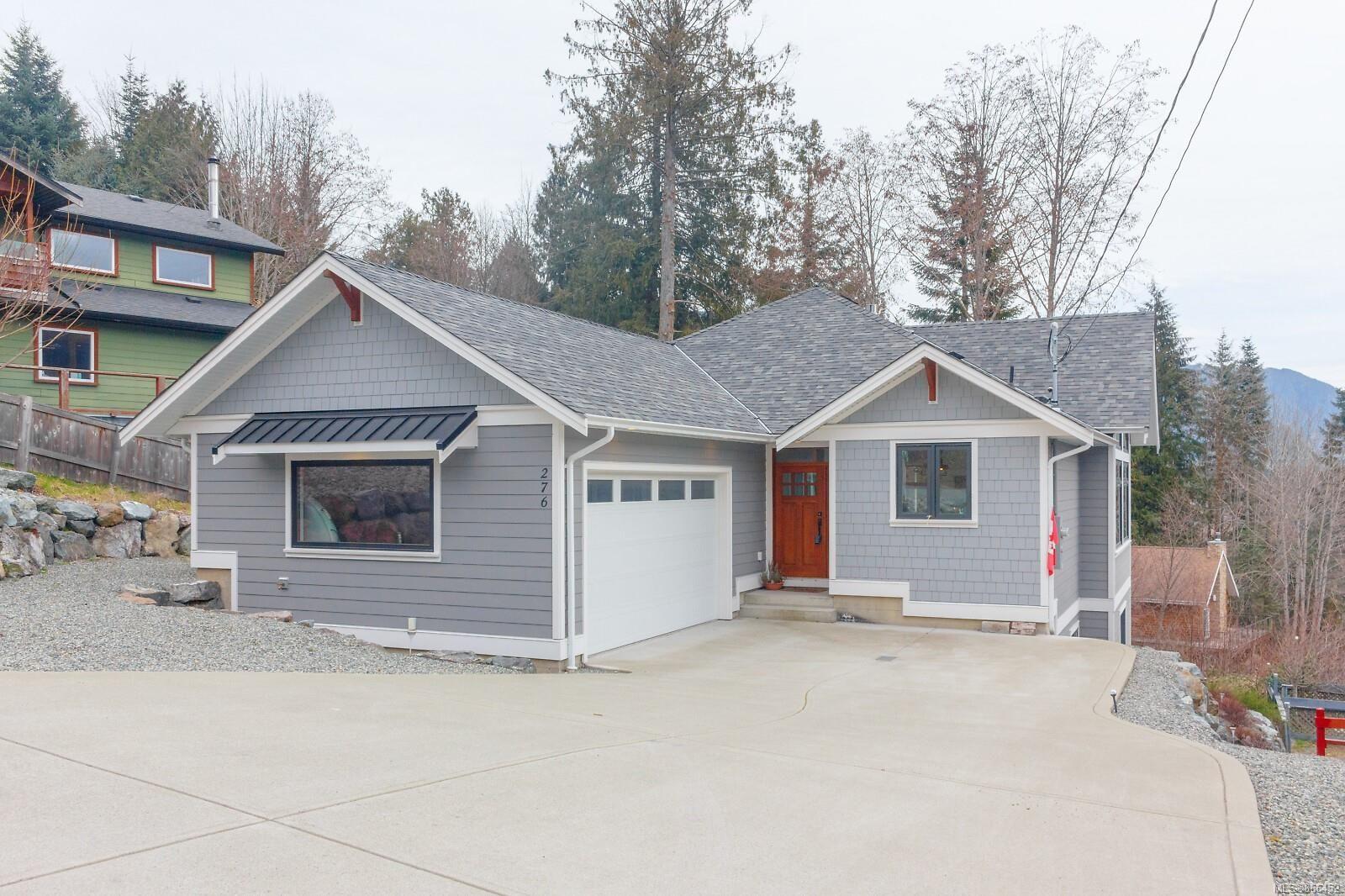 Main Photo: 276 Castley Hts in : Du Lake Cowichan House for sale (Duncan)  : MLS®# 866452